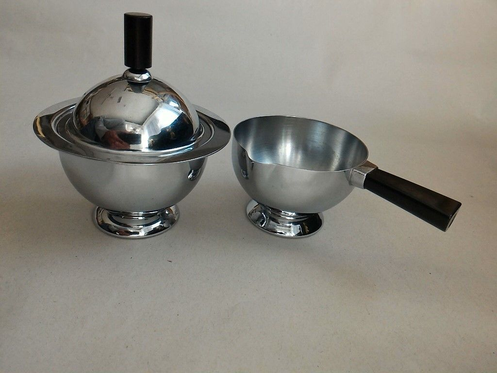 Chase brass and copper company addition turner construction company - Vintage Chase Chrome Sugar And Creamer Set With Black Bakelite Handles