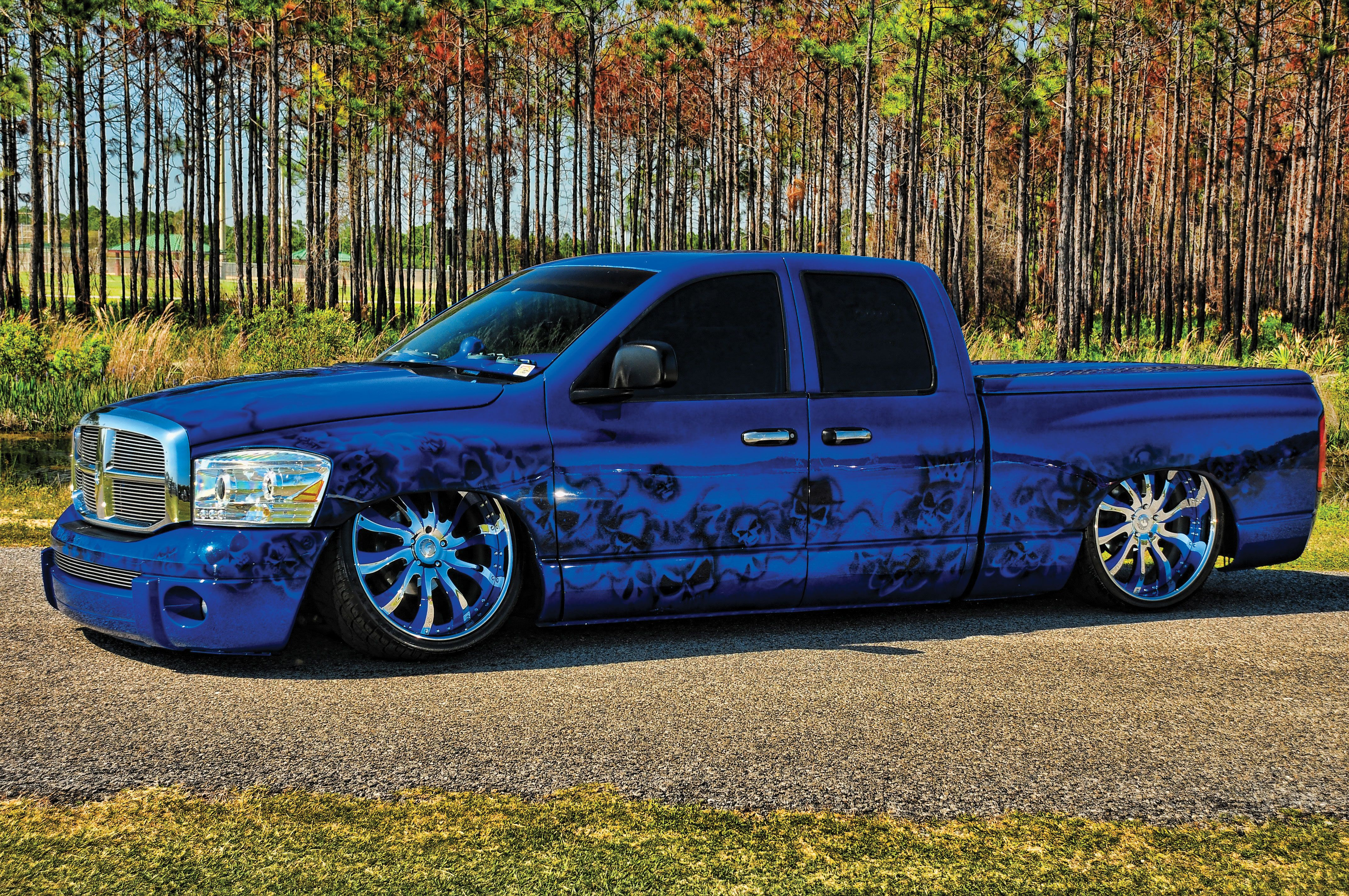 i like my trucks lifted but if you're gonna slam it this is what it should look like