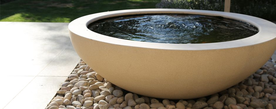 Contemporary Garden Lily Bowl Water Feature