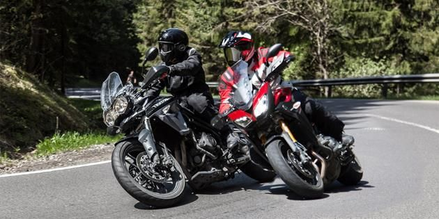 Bild Triumph Tiger 800 Xrx Vs Yamaha Mt 09 Tracer 2015 Noble