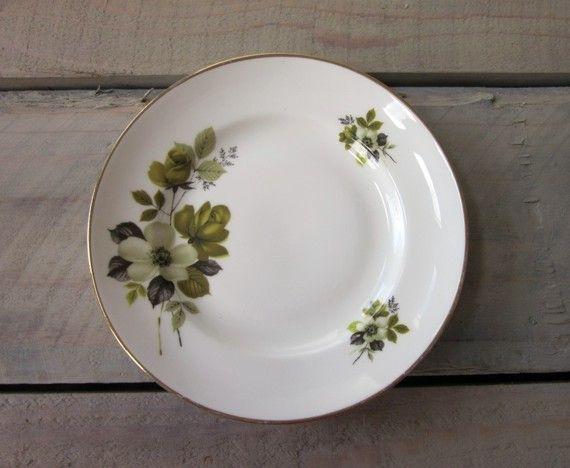 Small Green Floral China Plate with Gold Trim by 22BayRoad on Etsy, $5.00
