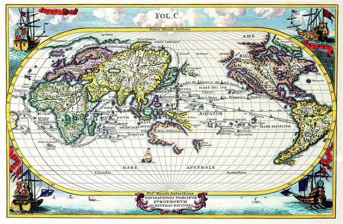 Lminas vintageantiguasretro y por el estilo mapas antiguos elongated single globe map with asia on the left n america on the right gumiabroncs Gallery