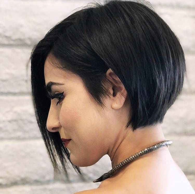 5 Super New  Short Blonde Bobs Haircut Trends 2020 Gallery