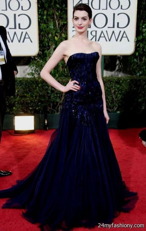 anne hathaway red carpet dress 2008 - Golden Globes in a navy blue ...