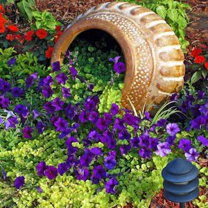 Photo of 100 Best DIY Landscaping Ideas