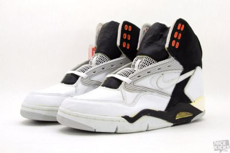 sports shoes 44075 53d08 Nike Air Force V - 1990s