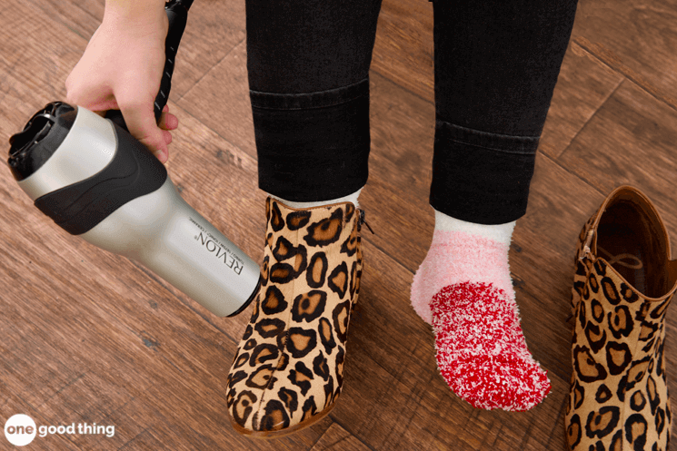 How to Stretch Out Tight Shoes (3 Easy