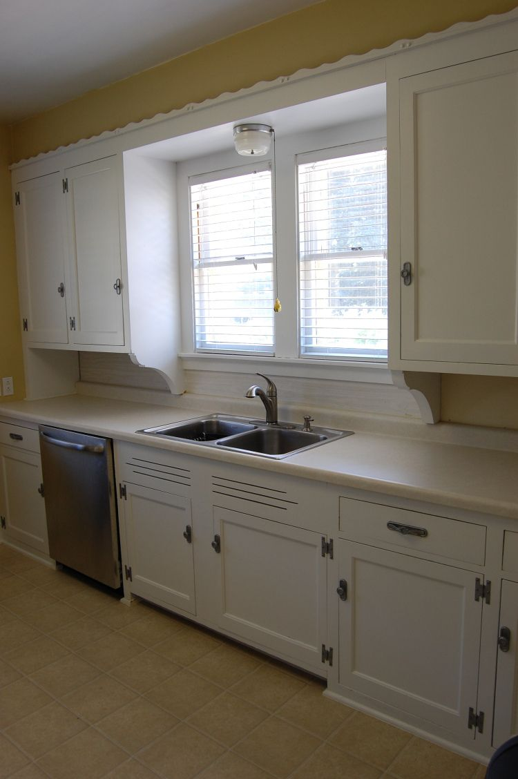 How To: Painting Kitchen Cabinets | Kitchen cabinet ...