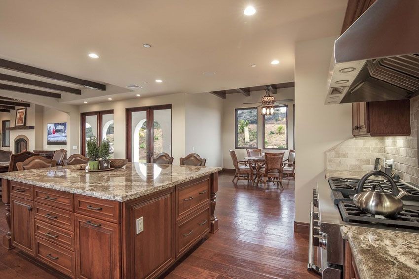 37 Craftsman Kitchens With Beautiful Cabinets Kitchen Designs