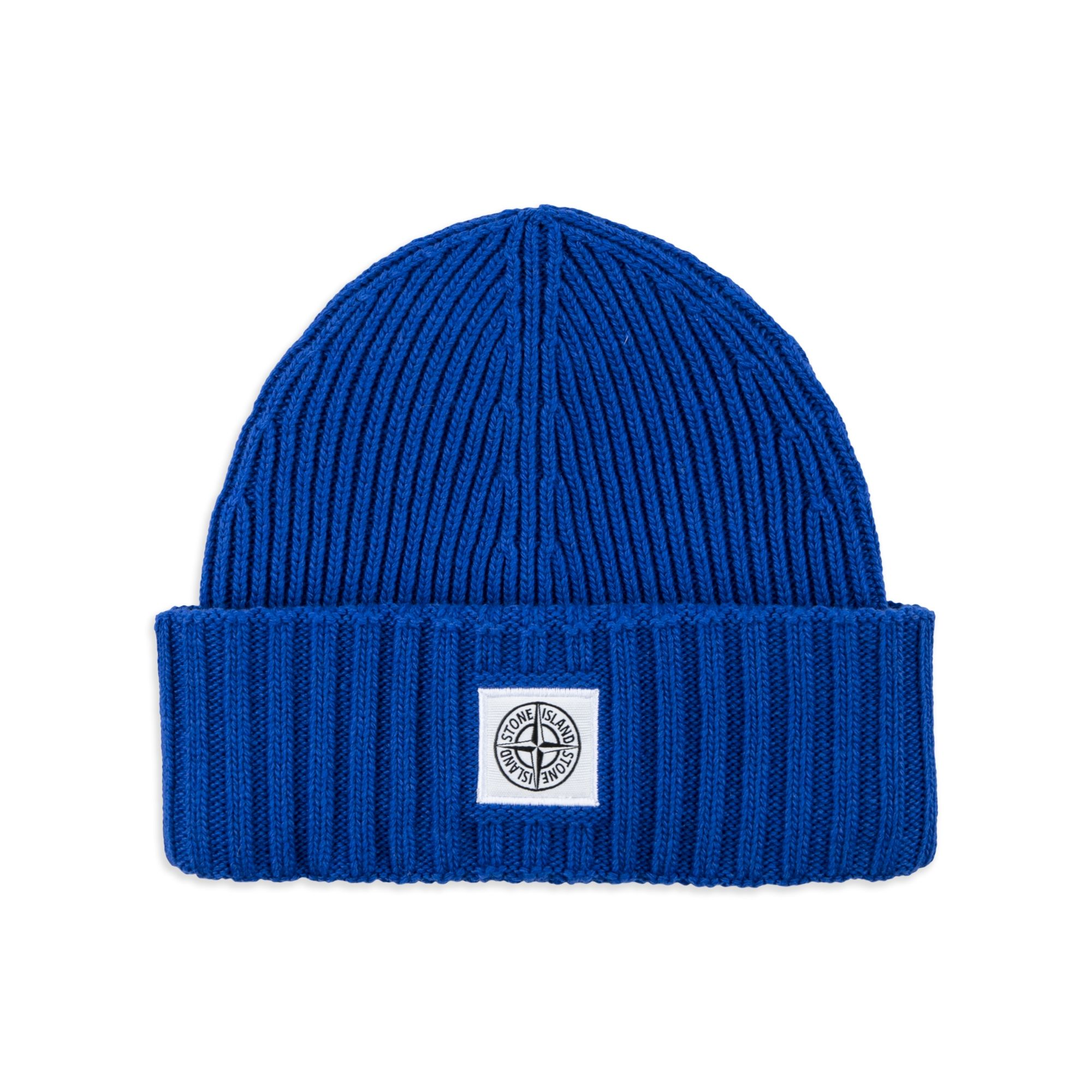 STONE ISLAND JUNIOR Boys Wool Compass Beanie - Bright Blue Boys beanie hat  • Soft wool blend • Turn up brim • Thick ribbed knit • Compass logo patch  ... 027c670f986