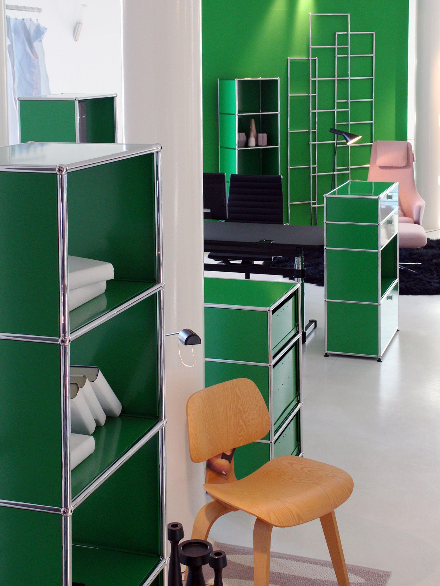 usm haller shelving in usm green exhibition at interni by inhofer senden germany the green. Black Bedroom Furniture Sets. Home Design Ideas