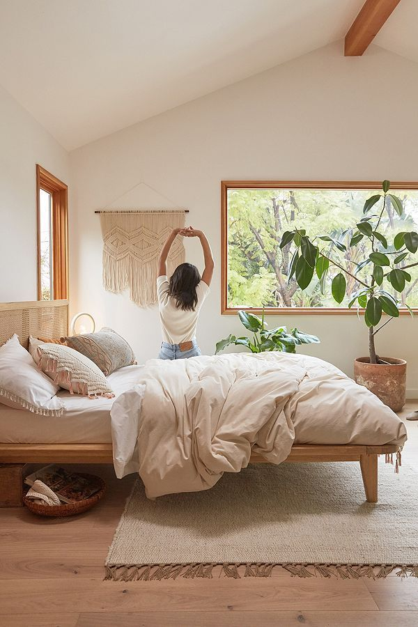 Obsessing over this warm toned bedroom