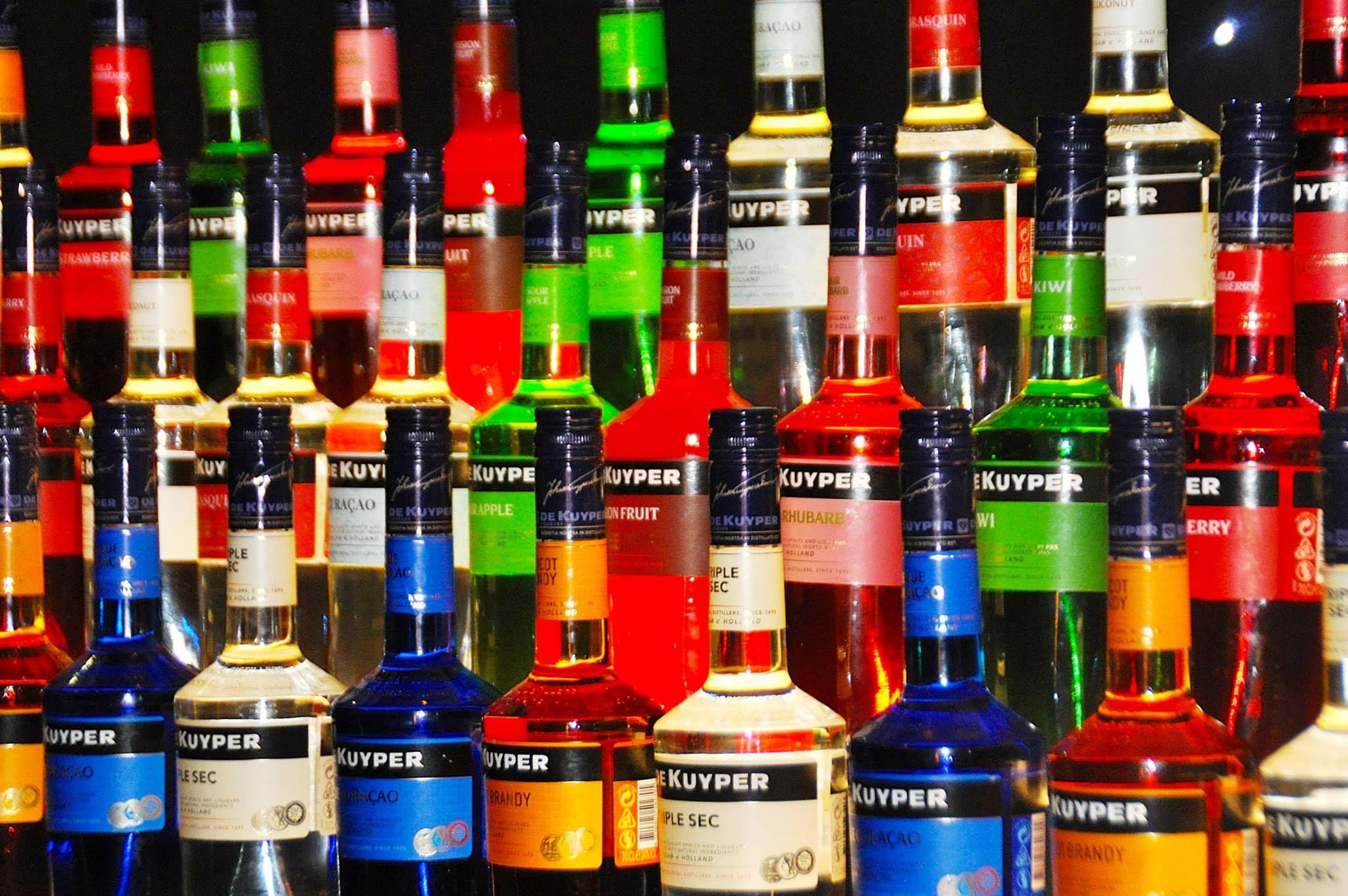 Facebook Liqueur Cocktails Wine Rack