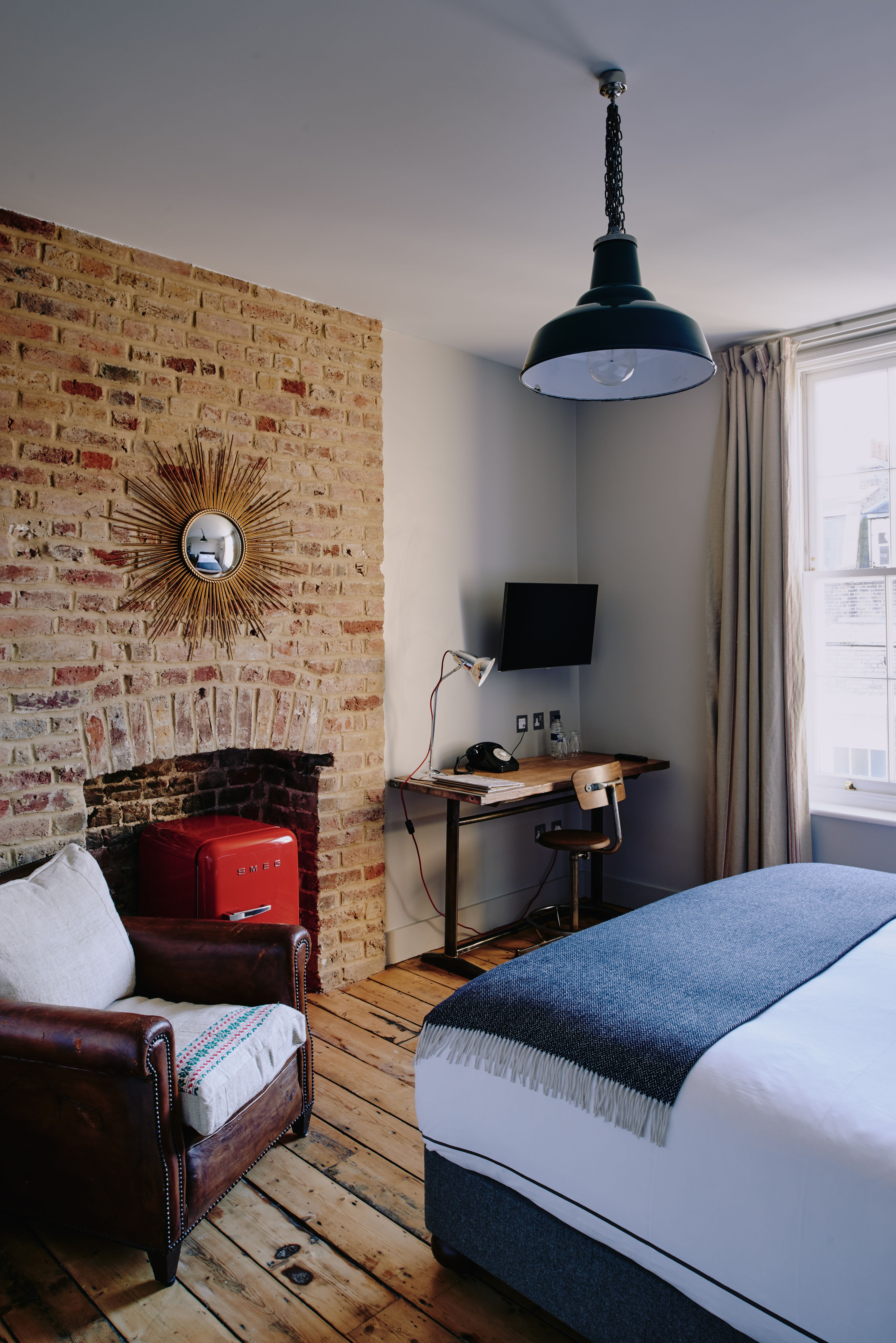 Artist residence london individually decorated rooms feature vintage furniture and wooden floors your pinterest would be jealous of