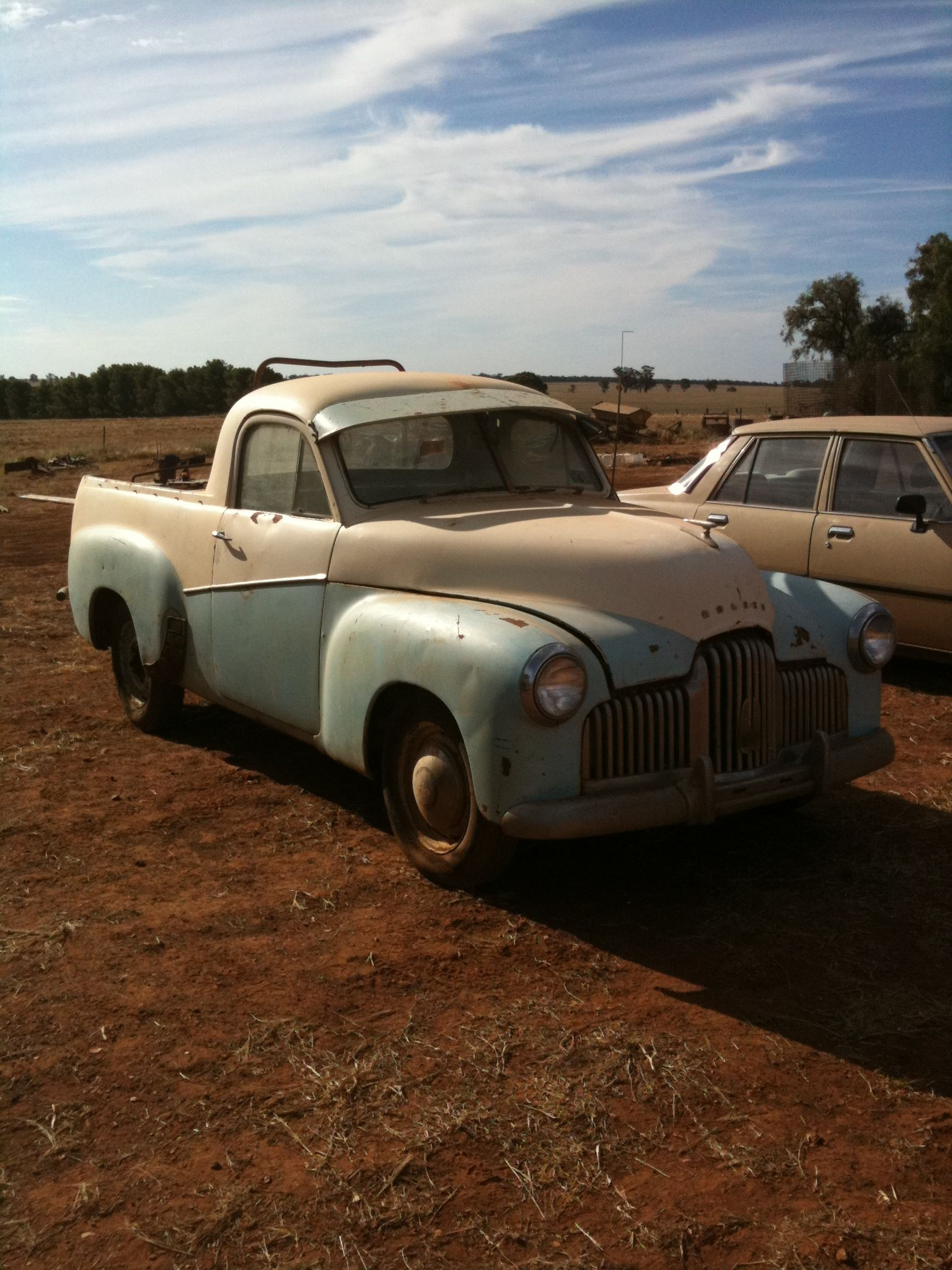 1952 FX Holden ute, farm clearing sale, West Wyalong NSW