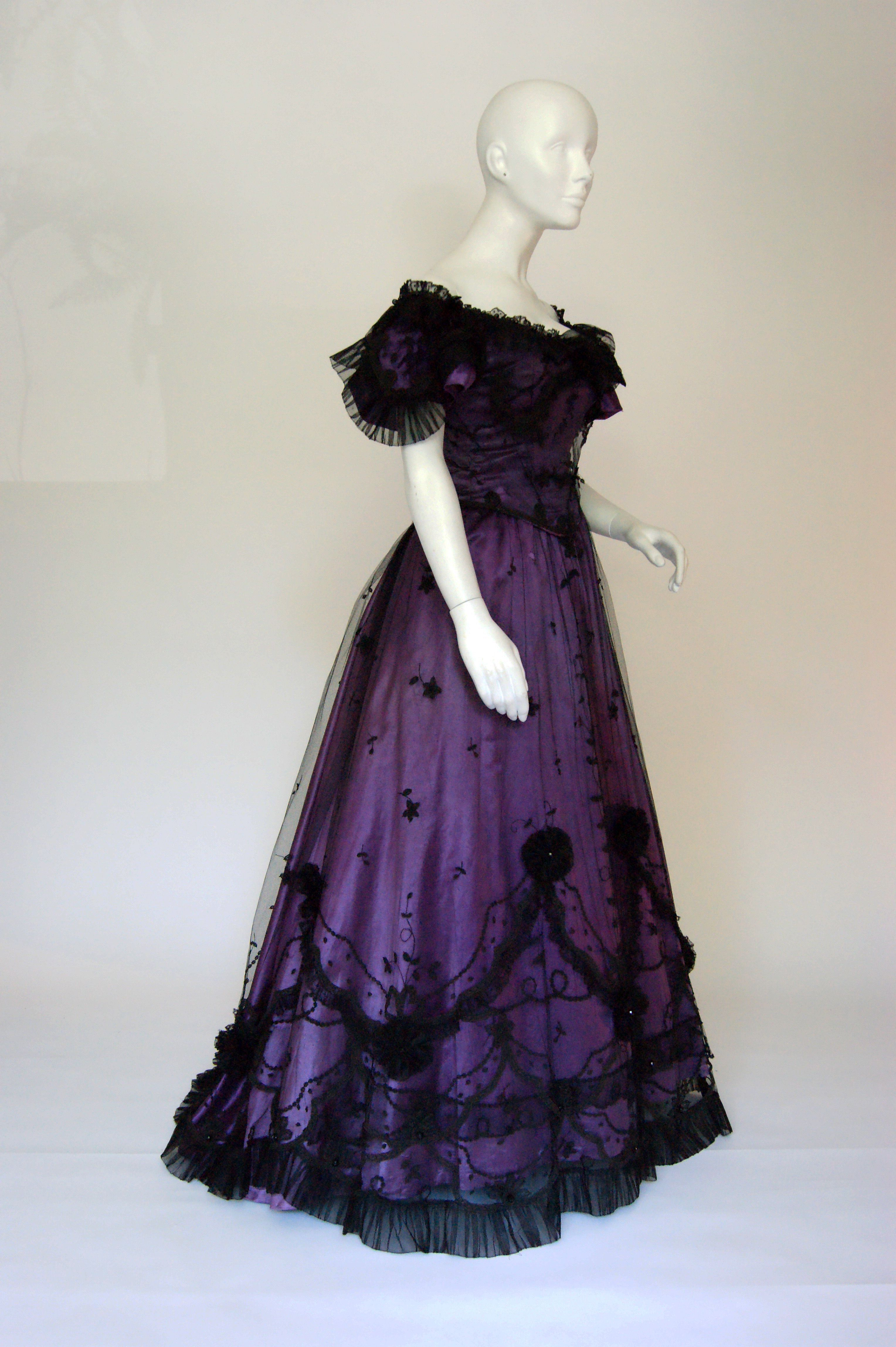 Gown Dress c.1890 | A History of Costume | Pinterest | Gowns ...