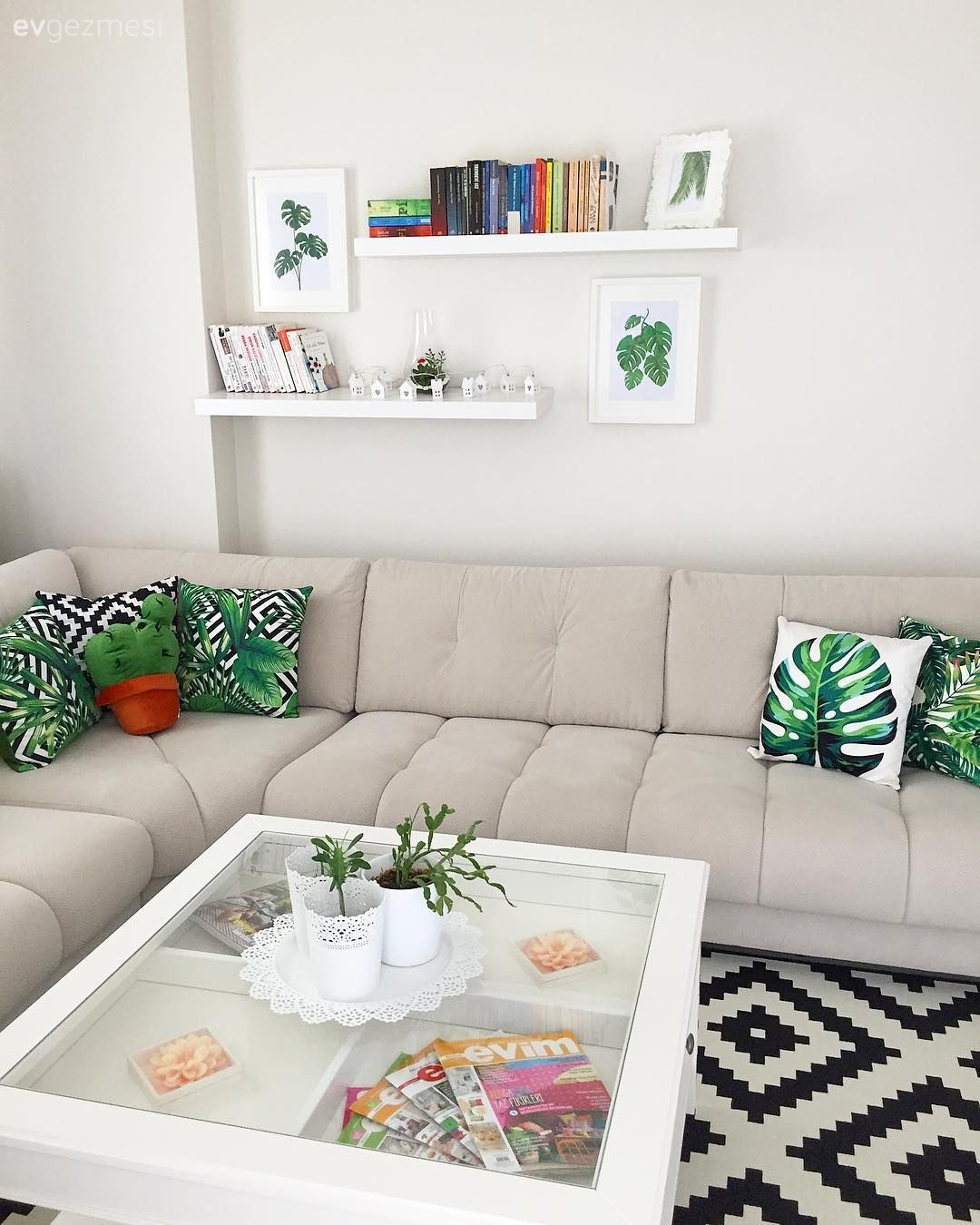 Bu Dubleks Evde Estetik Kadar Kullanislilik Da On Planda 10 Ev Gezmesi Oturma Odasi Dekorasyonu Oturma Odasi Fikirleri Oturma Odasi Tasarimlari