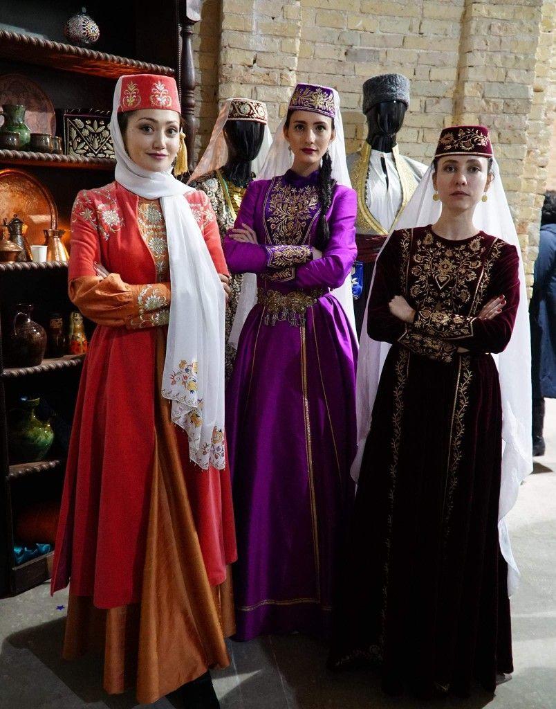 Картинки крымскотатарского костюма