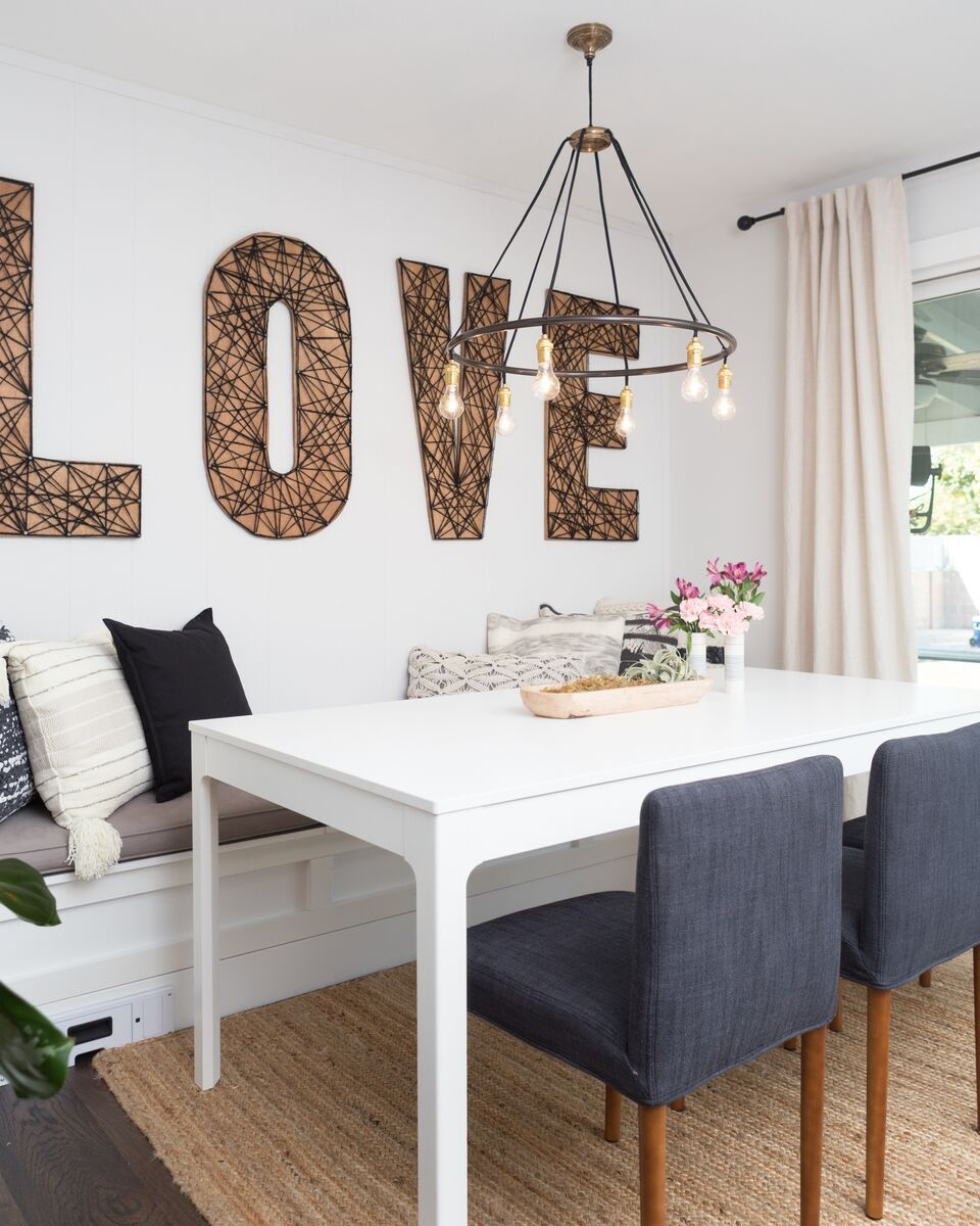 Love This Dining Room Designed By Jasmine Roth Seen On Hgtv S