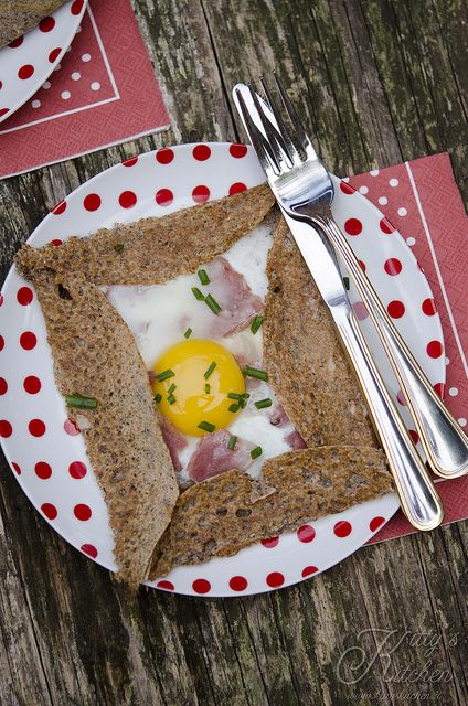 Galette Bretonne : one of my oldest addictions - Buckwheat, Ham, Egg and #CDNCheese. #SimplePleasures