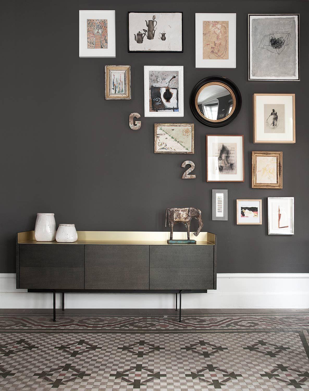 Exklusives Design Sideboard Mit Metallablagefläche Esszimmer, Deko Wand,  Bilderwand, Kommode, Wohnzimmer Ideen