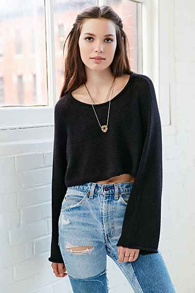 Silence + Noise Sam Cropped Sweater - Urban Outfitters