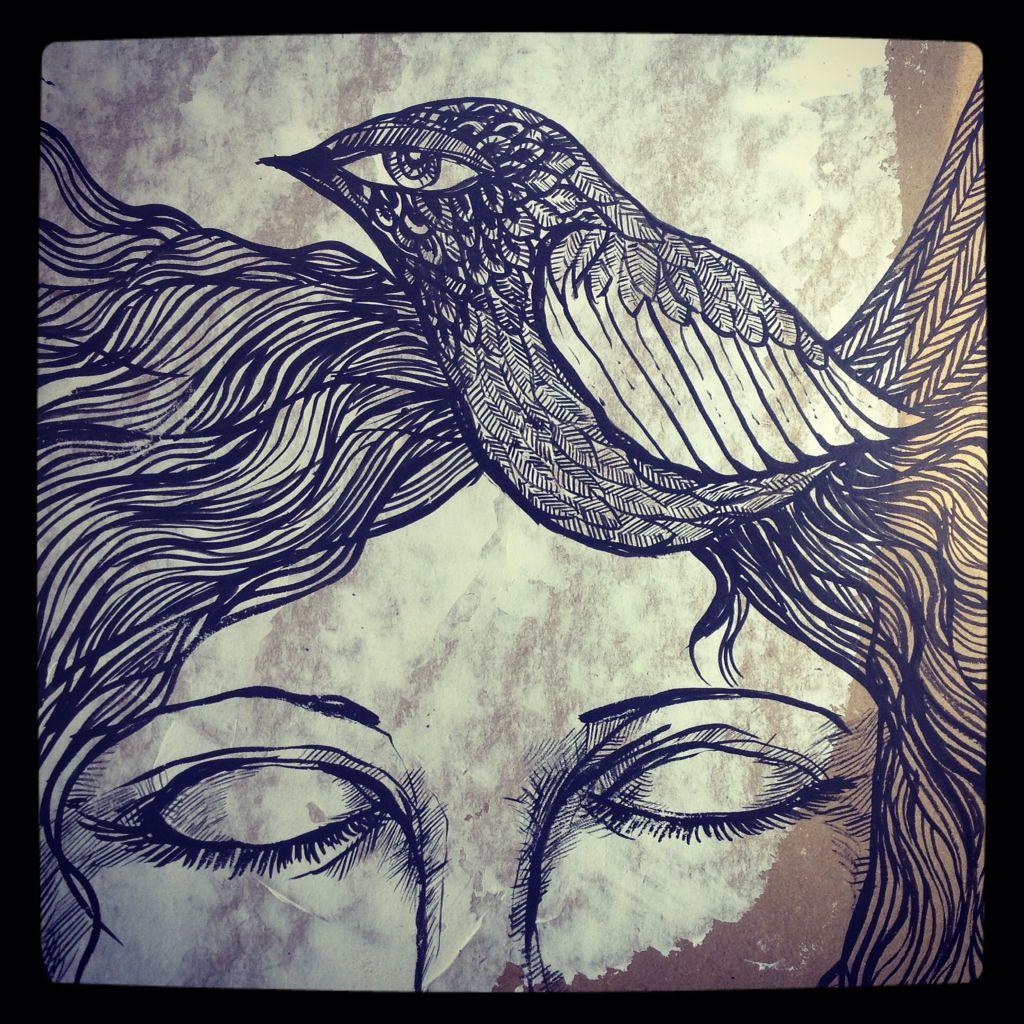 Tu voz se anidó en mi cabeza como un ave... Cierro los ojos y te escucho... <3