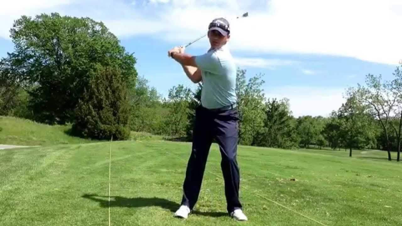 30 second Golf Tip How the legs move in the golf swing