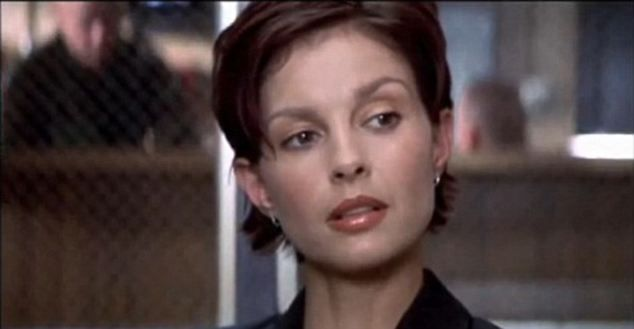 Ashley Judd (Double Jeopardy) | Kosmetik