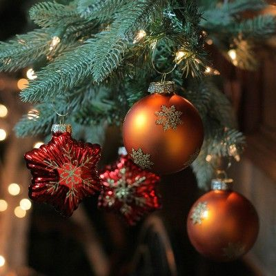 Northlight 4pc Shiny Stars Ball Glass Christmas Ornament Set 4 - Red