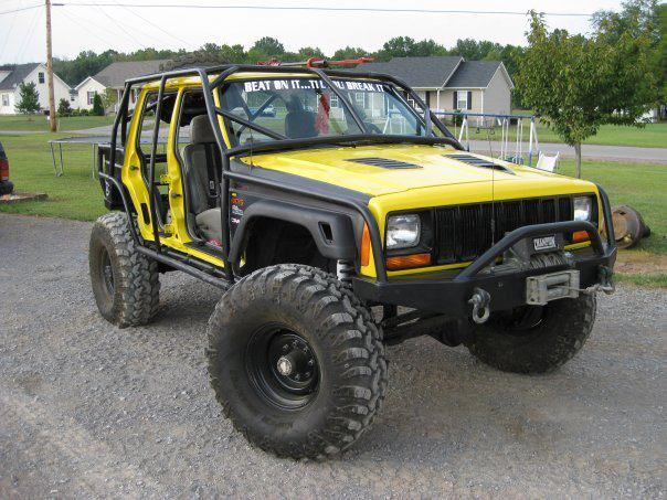 Cherokee With Exo Cage And No Doors The Bumbler Jeep Cherokee