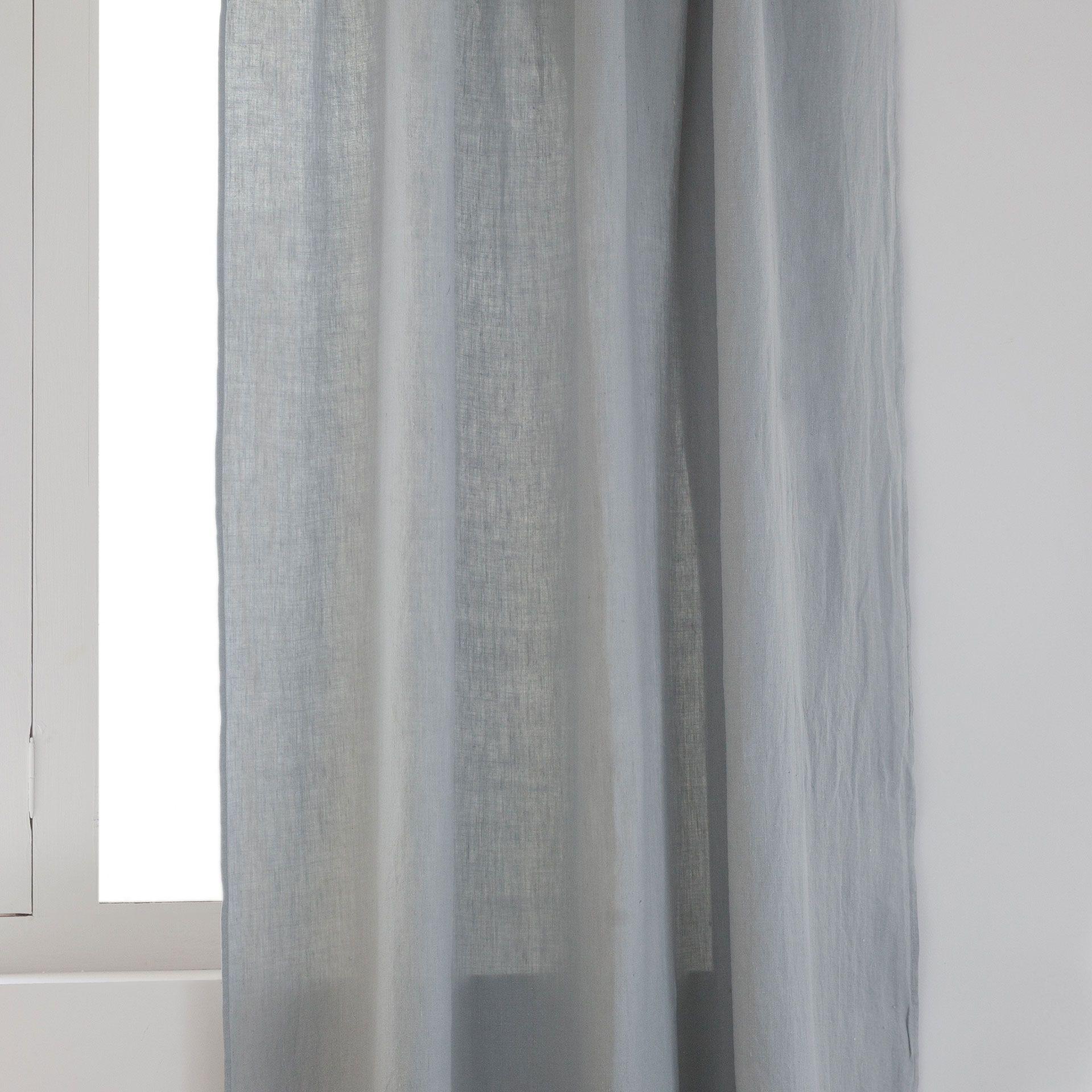 Hvidt gardin i forvasket hør