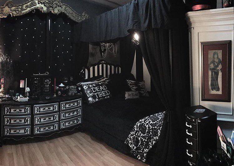 pingl par goonies325 sur apartment en 2018 pinterest d coration maison maison et mobilier. Black Bedroom Furniture Sets. Home Design Ideas