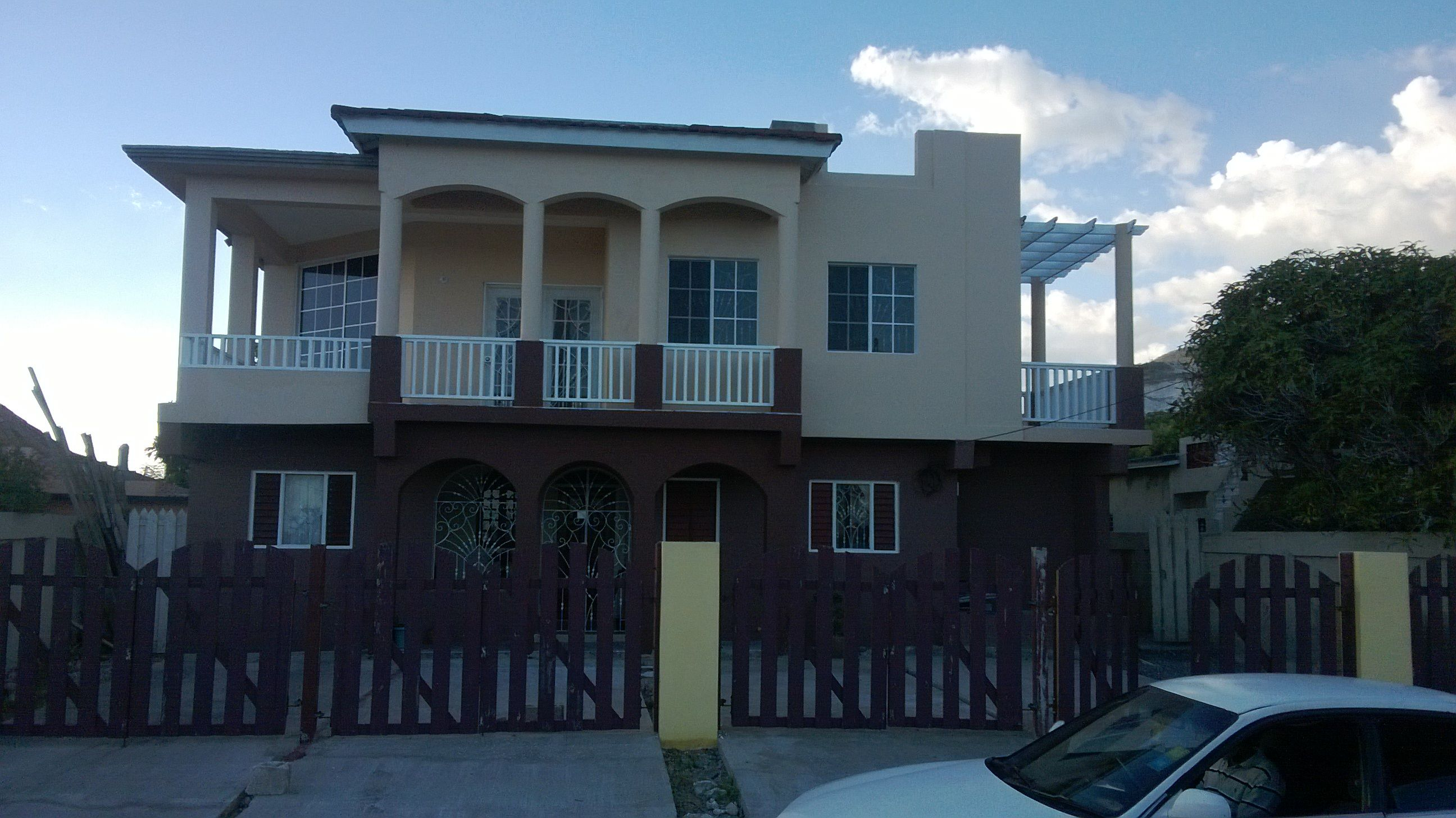A Refurbished House At Copacabana St Andrew Jamaica Caribbean Style Jamaica Building Design