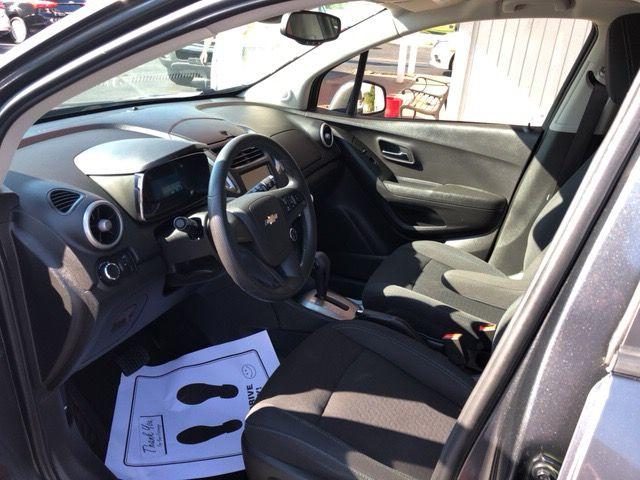 2016 Chevrolet Trax Ls Performancecarsandtrucks Cars Usedcars Autosales Bentonville Ar With Images Chevrolet Trax Suv Comparison Volkswagen Touareg