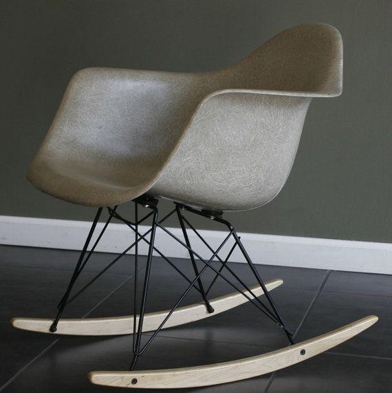 EAMES Herman Miller fiberglass shell rocking chair grey