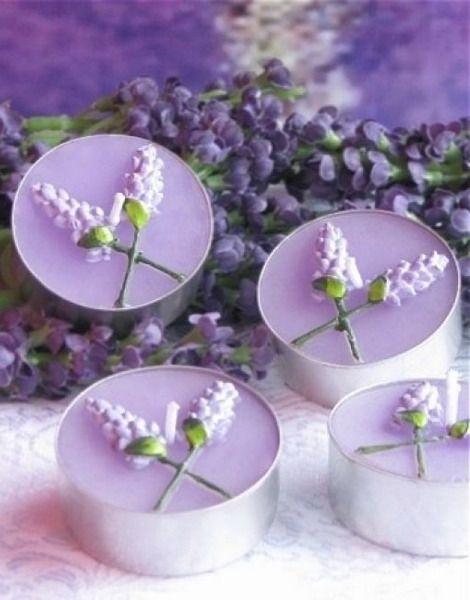 ideen f r hausdekoration mit lavendel kleine kerze in lavendelstil dekoration decoration. Black Bedroom Furniture Sets. Home Design Ideas