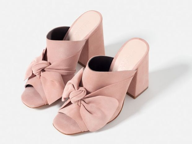 8bf014273f6d Zara s mules are the talk of the town (Instagram) thanks to an army of  trendsetters and their social media posts