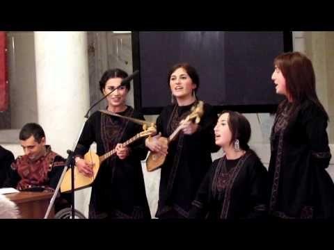 გოგოჭურები - მთიელთა თამაშობანი - YouTube