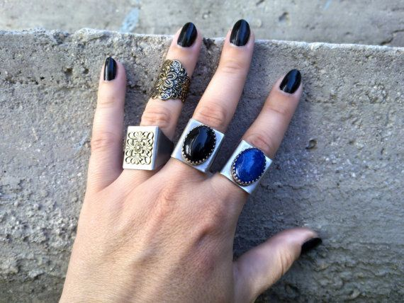 Black Onyx Ring Gothic Ring Rocker Ring by ApplebiteJewelry Γοτθικά  Κοσμήματα 95f57901274