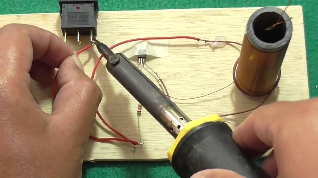 Mod De Construire A Unei Bobine Tesla Pentru A Transmite Energie Elect Bobina De Tesla Casera Bobina De Tesla Tesla