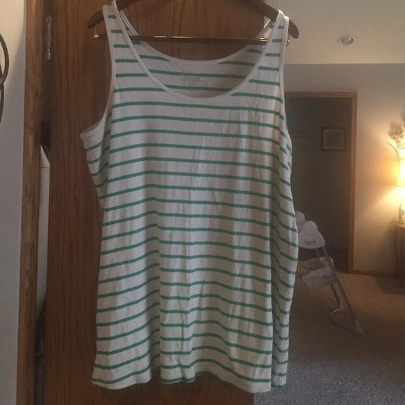 Super cute springy tank Adorable tank bright colors Lane Bryant Tops Tank Tops