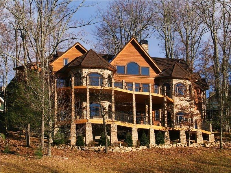 Villa vacation rental in Burnsville from This