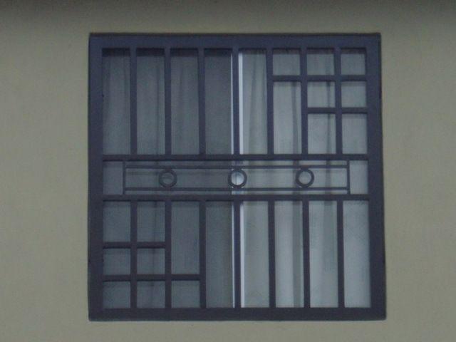 Resultado de imagen para balcones de metal para ventanas for Persianas para balcones