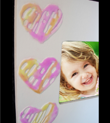 Glue Hearts Frame | FaveCrafts.com