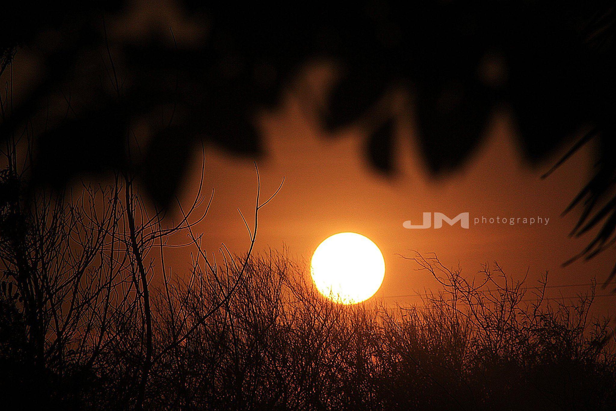 Mi sol de las 6:30 pm -vista desde mi casa- vía a Perijá Zulia/Venezuela