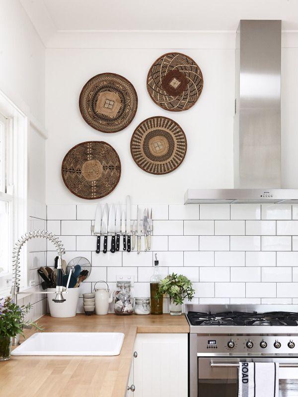witte tegels met ronde Afrikaanse print
