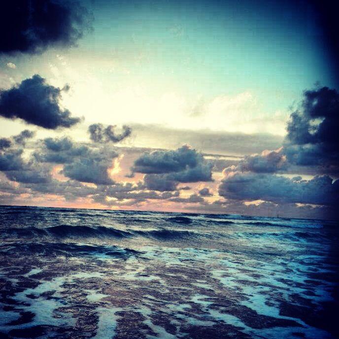 Soulac sur mer juin 2012. Sea, pastel, summe, sun