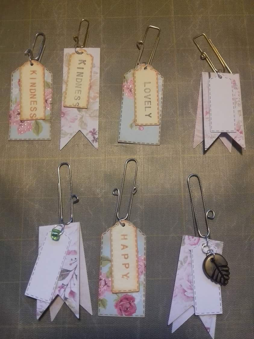 PRETTY LILAC GEMMED TAG EMBELLISHMENTS FOR CARD//CRAFTS