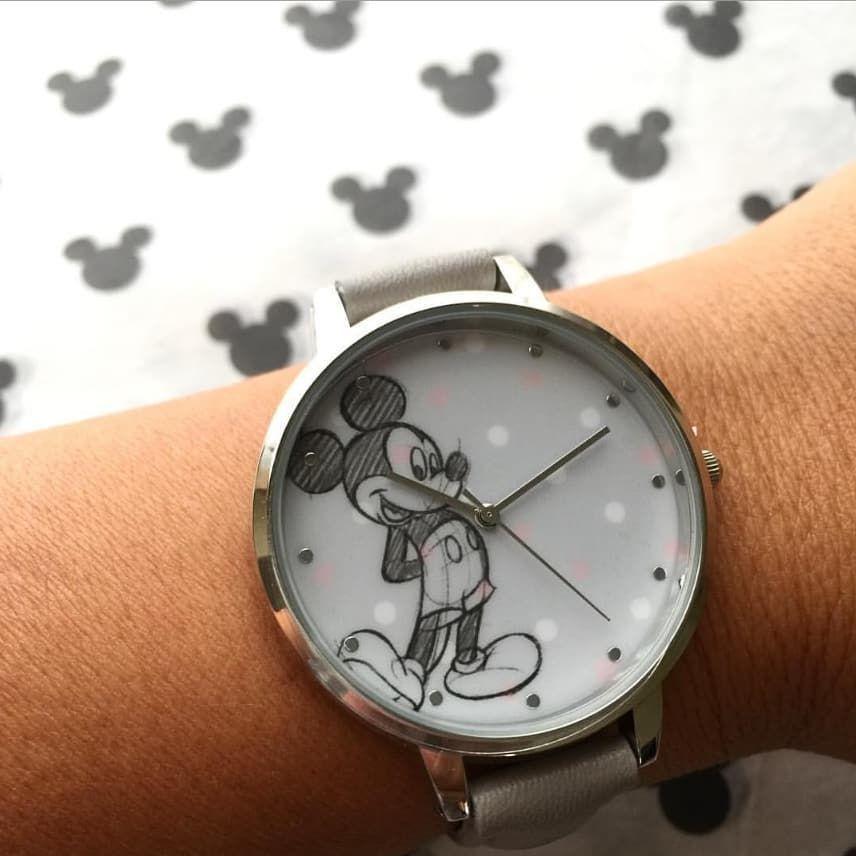 3579c568cd Hora de ir a  primark en busca del nuevo reloj de Mickey…